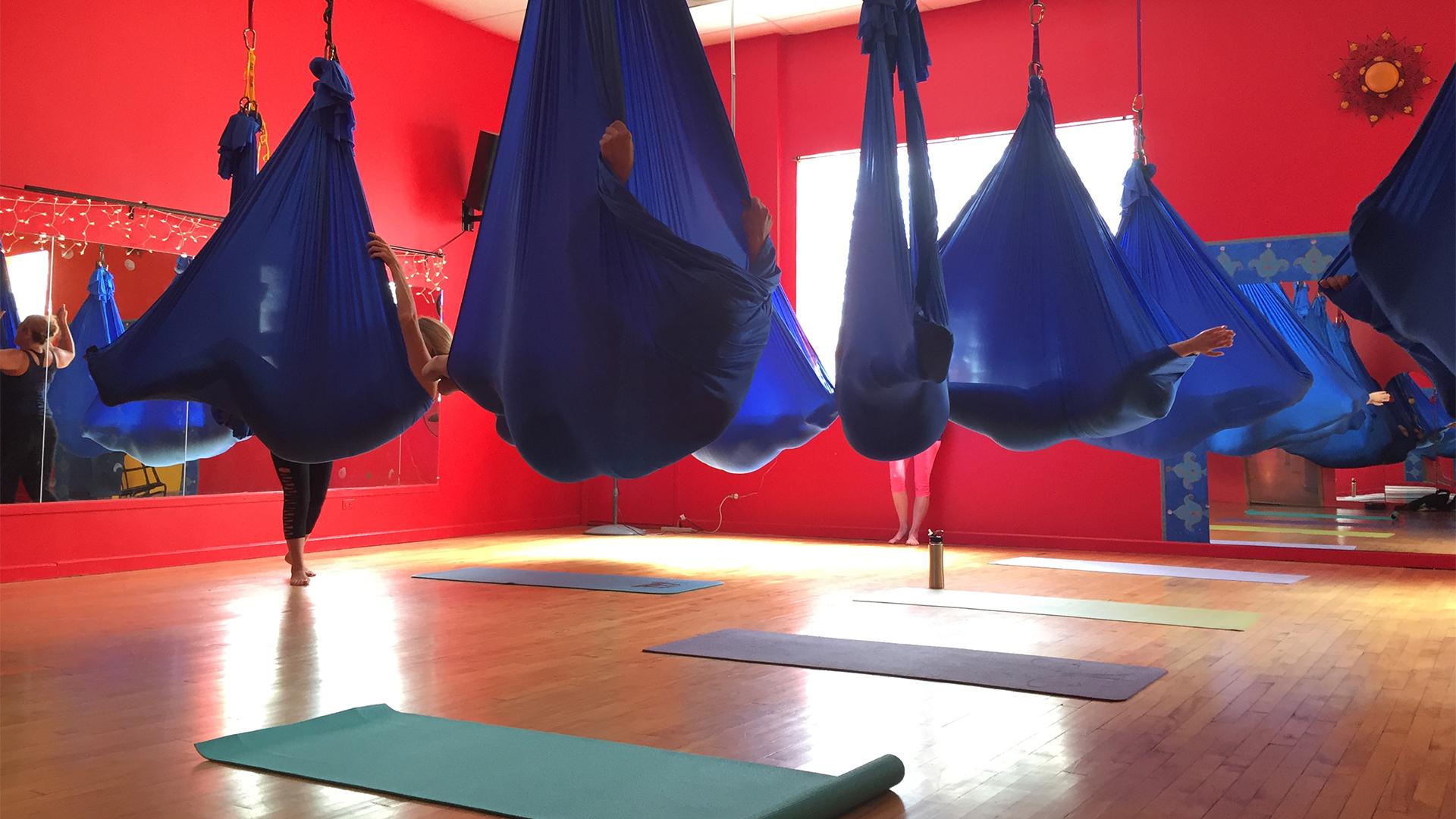 Fly_yoga